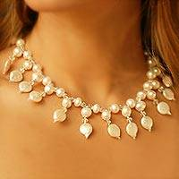 Pearl jewelry set,