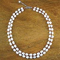 Pearl and carnelian strand necklace,