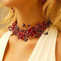 Garnet choker, 'Three Red Blossoms' - Floral Beaded Quartz Necklace from Thailand