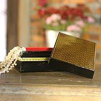 Lacquered jewelry box,
