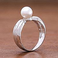 Cultured pearl solitaire ring, 'Silver Ribbon' - Silver and Pearl Solitaire Ring