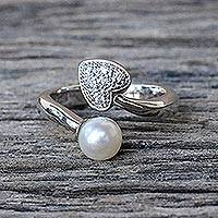 Cultured pearl heart ring, 'Purity of Heart' - Handmade Silver and Cultured Pearl Wrap Ring