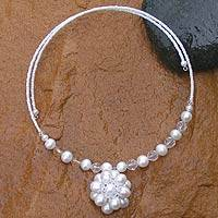 Pearl flower necklace, 'Oriental Bloom' - Bridal Pearl Necklace