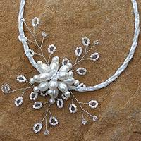 Pearl choker, 'Elusive Blossom' (Thailand)