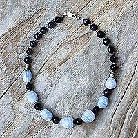 Amethyst and agate beaded necklace,