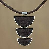 Men's leather and mango wood necklace, 'Earth Connections' - Men's leather and mango wood necklace