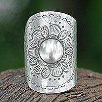 Sterling silver flower wrap ring, 'Majestic Sunflower' - Floral Sterling Silver Wrap Ring