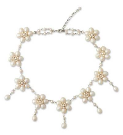 Unique Floral Pearl Necklace