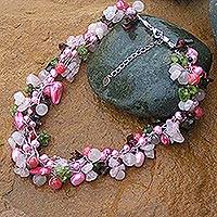 Pearl and rose quartz beaded necklace,