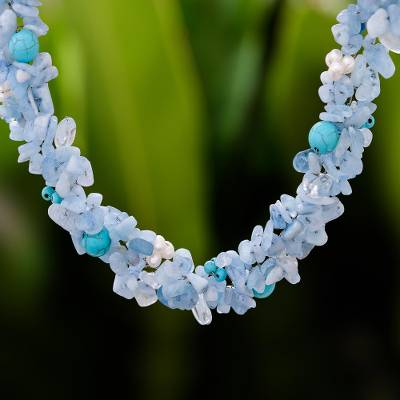 Pearl and aquamarine choker, 'Sensation' - Beaded Aquamarine Necklace from Thailand