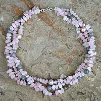 Pearl and rose quartz necklace, 'Spun Sugar' - Rose Quartz and Pearl Choker