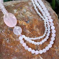 Rose quartz beaded necklace, 'Pretty Pink' - Beaded Rose Quartz Necklace