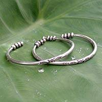 Silver cuff bracelets, 'Natural Harmony' (pair) - Artisan Crafted Floral Silver Cuff Bracelets (Pair)
