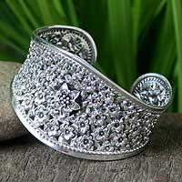 Sterling silver floral bracelet, 'Jasmine in Bloom' - Floral Sterling Silver Cuff Bracelet