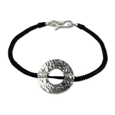 Silver pendant bracelet