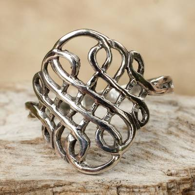 Sterling silver cocktail ring, 'Thistle Knot' - Thai Sterling Silver Knot Style Band Ring