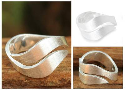 Sterling silver band ring, 'Phuket Dreams' - Hand Made Modern Sterling Silver Band Ring