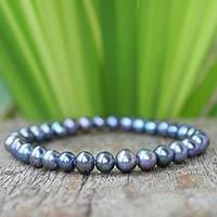 Pearl stretch bracelet,