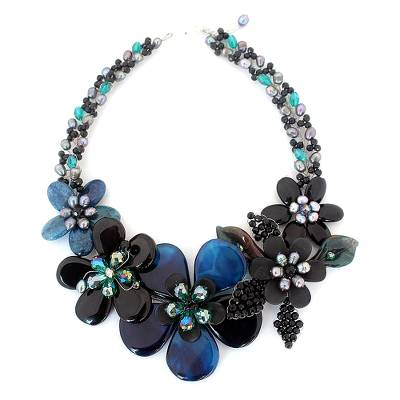 Floral Beaded Agate Necklace