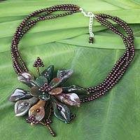 Agate and garnet flower necklace,