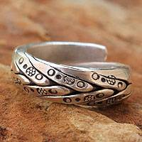 Men's silver wrap ring, 'Karen Hero' - Men's Hill Tribe Sterling Silver Wrap Ring