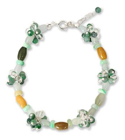 Jade and quartz flower bracelet