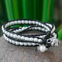 Pearl and leather wrap bracelet, 'Chiang Rai Clouds' - Unique Leather and Pearl Wrap Bracelet