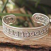 Sterling silver cuff bracelet, 'Chiang Rai Garland' - Handmade Floral Sterling Silver Cuff Bracelet
