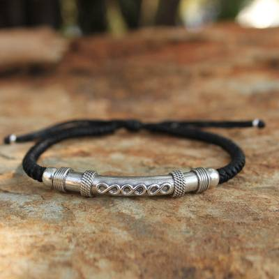Sterling silver pendant bracelet, 'Infinite Legend in Black' - Thai Hill Tribe Sterling Silver Bracelet