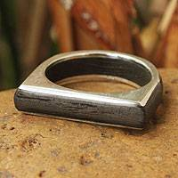 Men's wood ring, 'Natural Voyage' - Men's wood ring