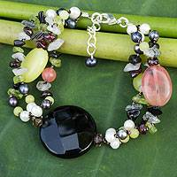 Pearl and agate beaded bracelet, 'Flirt' - Pearl and agate beaded bracelet