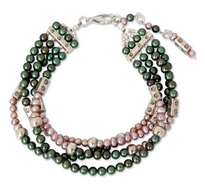 Cultured pearl beaded bracelet