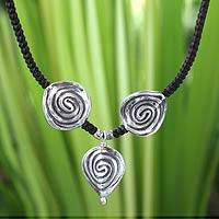 Silver choker, 'Hypnotic Dreams' - Fair Trade Hill Tribe Silver Pendant Necklace
