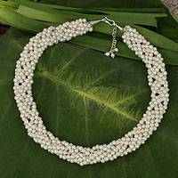 Cultured pearl beaded necklace, 'Iridescent White'