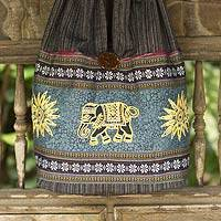 Cotton shoulder bag, 'Sankamphaeng Elephants in Black' - Patterned Cotton Shoulder Bag from Thailand