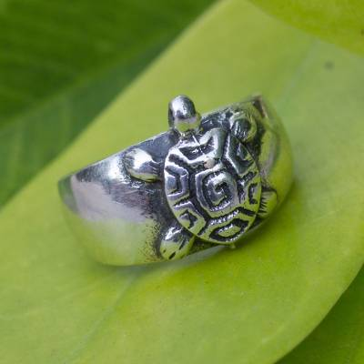 Sterling silver toe ring, 'Walk Slowly' - Hand Crafted Sterling Silver Turtle Toe Ring