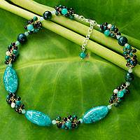 Cultured pearl choker, 'Green Lily Garland' - Artisan Crafted Pearl and Garnet Choker Necklace