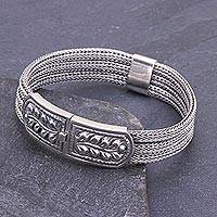 Men's sterling silver bracelet, 'Wheat' - Mens Sterling Silver Braided Bracelet and Medallion Thailand