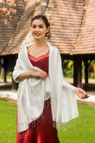 Silk blend shawl, 'Mandarin Snow' - White Floral Brocade Shawl