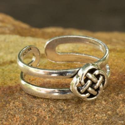 Sterling silver toe ring, 'Mandarin Walk' - Lucky Knot Toe Ring Sterling Silver Artisan Jewelry