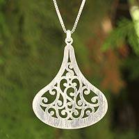 Sterling silver pendant necklace, 'Lanna Dew' - Thai Jewelry Sterling Silver Necklace