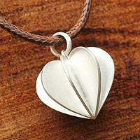 Sterling silver pendant necklace, 'Modern Heart' - Thai Silver Pendant Necklace