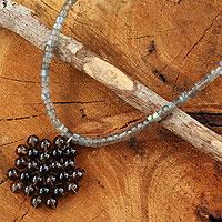 Labradorite and onyx pendant necklace,