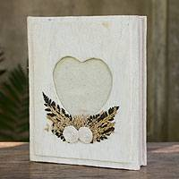 Saa paper photo album, 'Story of Love' - Artisan Crafted Saa Paper Wedding Photo Album