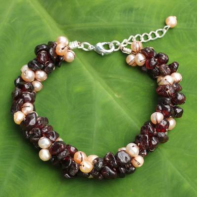 Cultured pearl and garnet beaded bracelet, 'Gracious Lady' - That Hand Knotted Pearl and Garnet Beaded Bracelet