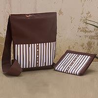 Cotton blend shoulder bag and cosmetic bag set, 'Lisu Wonders' - Cotton Blend Hill Tribe Shoulder and Cosmetic Bag Set