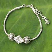 Silver pendant bracelet,
