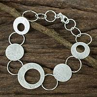 Sterling silver link bracelet, 'Circle Chain' - Women's Circle Link Bracelet Handcrafted in Sterling Silver