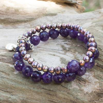 Cultured pearl and amethyst stretch bracelet, 'Iridescent Love' - Silver Heart Charm on Amethyst and Pearl Bracelet