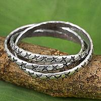 Silver band rings, 'Karen Trinity' (set of 3) - Hill Tribe Silver Set of 3 Interlinked Rings